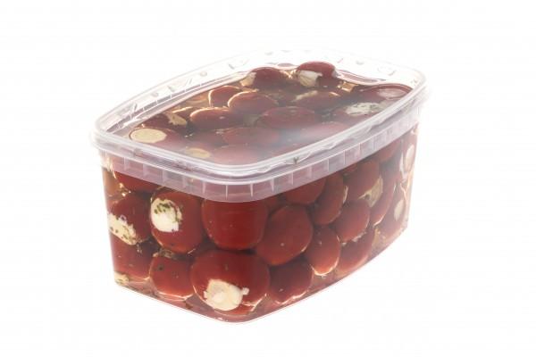 Pepperbelle gefüllt mit Frischkäse